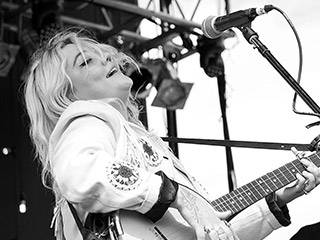 Elle King - The Ministry Tour