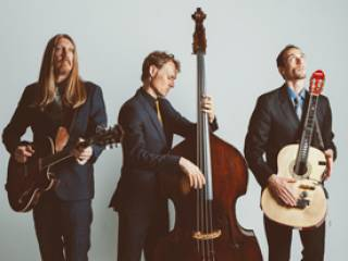 Sun Radio 100.1FM Presents The Wood Brothers